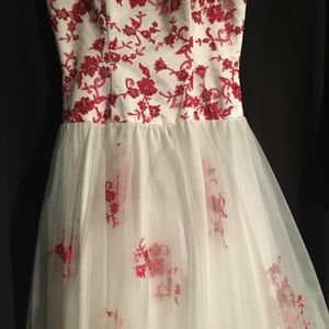 Boutique formal dress in red and white